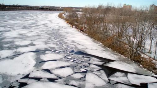 river_ice_850_478_90_c1_c_c (2)